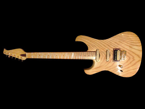 Glammy – chitarra elettrica a manico avvitato