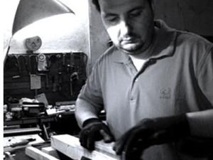 Chitarre e bassi artigianali - Simone Persegato - Liutaio