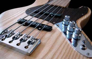 Apple3 Bass