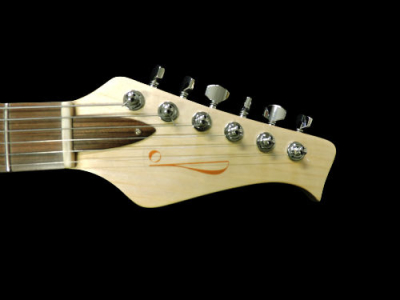 chitarra-artigianale-kaoss-paletta