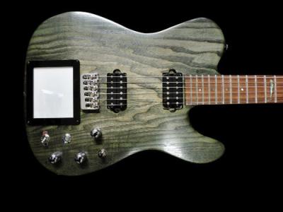 chitarra-elettrica-artigianale-kaoss-pad